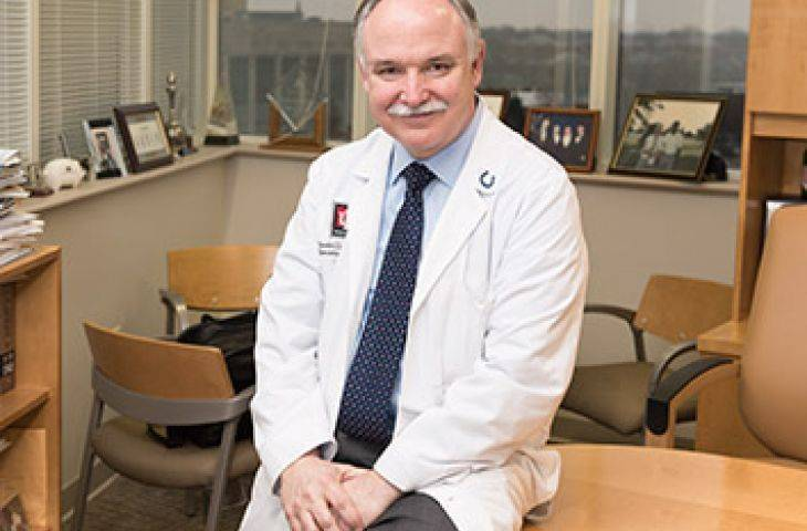 2017 Vizyoner Lider Ödülü, ifosfamid ve timüs kanseri çalışmaları ile Dr. Loehrer'in oldu