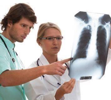 Akciğer kanserinin genç yaşlarda ortaya çıkmasında genomik değişikliklerin rolü ve hedefe yönelik tedaviler