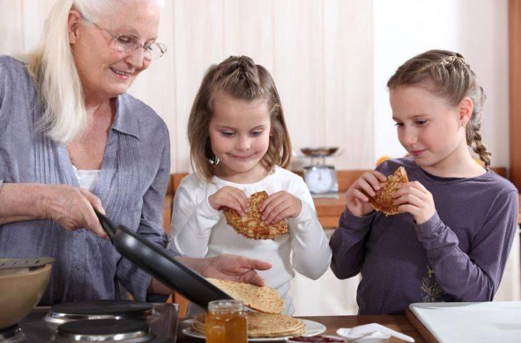 Büyükanneler-büyükbabalar: Torunlarınızın kanser riskini azaltmak için yapabilecekleriniz var!