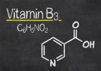 Cilt kanserleriyle (bazal hücreli ve yassı hücreli) savaşta yeni tedavi seçeneği: B3 vitamini