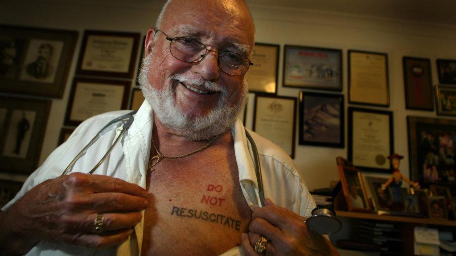 DNR dövme diriltmeyin kararı do not resuscitate