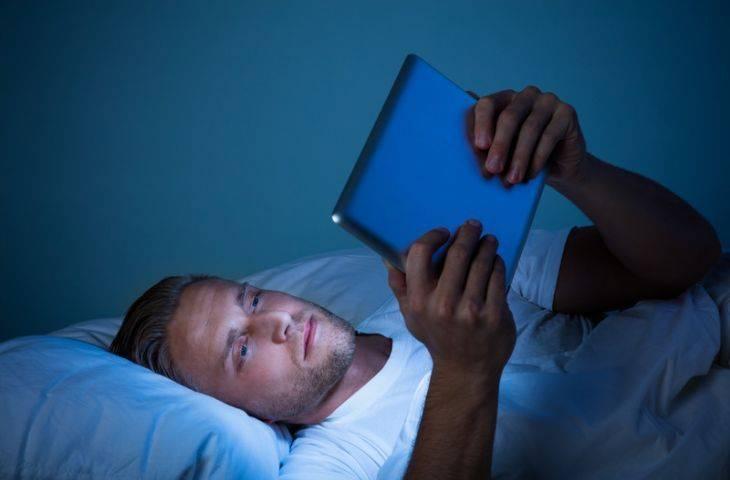 Dijital cihazların yapay LED ışıkları uyku kalitesini düşürüyor