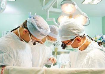 Gırtlak kanseri ameliyatı - larinjektomi