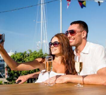 Günde sadece bir kadeh alkol bile meme kanseri riskini artırıyor