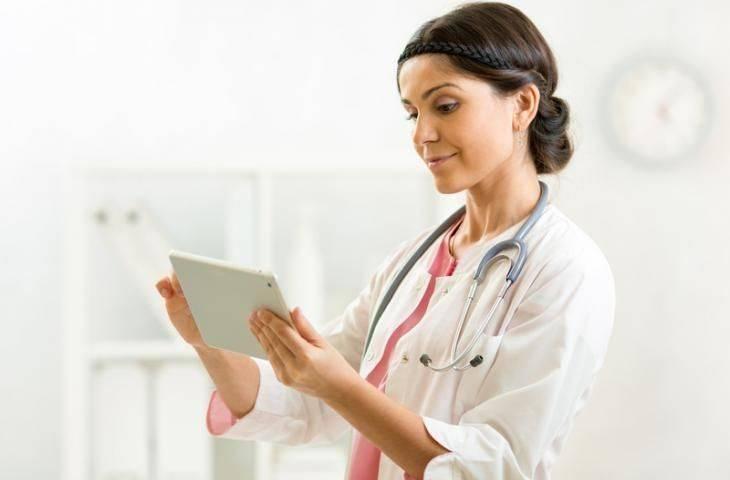 Hedefe yönelik tedaviler için akıllı telefon uygulamalarıyla hasta eğitimi
