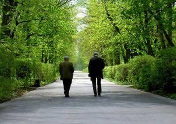 İleri evre prostat kanserinde hormonal tedavinin aralıklı uygulanması sürekli uygulanması kadar etkili olur mu?