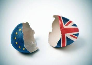 Kanser ve Brexit: İngiliz gençler gelecekleri hakkında kaygılı