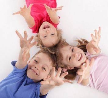 Kortizon Tedavisi Gören Lösemili Çocuklarda Kalça Osteonekrozlarının Erken Teşhisi için MR Taraması Yapılması Yarar Sağlar mı?