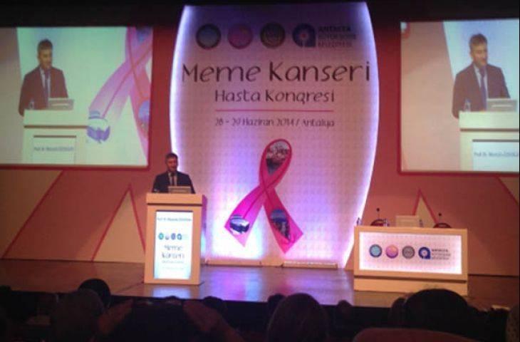 Meme Kanserli Hasta Kongresi bilim insanları ile hastaları buluşturarak çok önemli bir sosyal sorumluluk projesine imza attı! 1