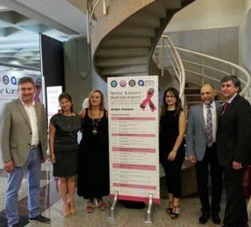 Meme Kanserli Hasta Kongresi bilim insanları ile hastaları buluşturarak çok önemli bir sosyal sorumluluk projesine imza attı! 2