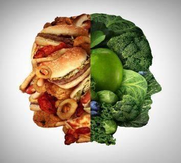 Meme kanseri için sağlıklı beslenme önerileri ve çeşitli gıdalar hakkında merak edilenler