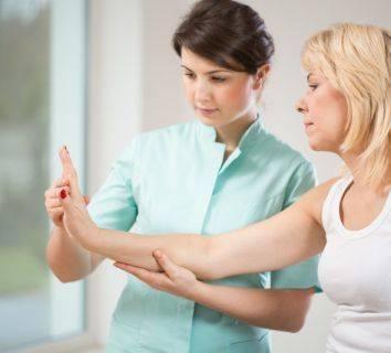Tüm kanser tedavileri kadar önemli: Onkolojik Rehabilitasyon!