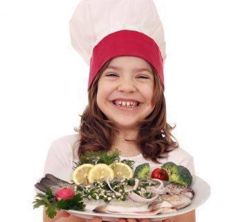 Sağlıklı gelecek nesiller için çocuklara neden balık yedirmeliyiz?