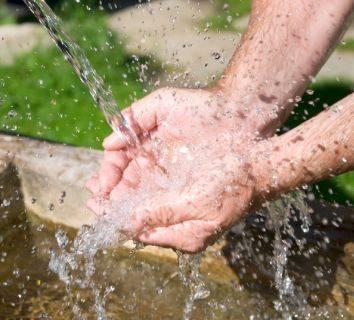 Su zehirlenmesi nedir? Suyun ne kadar fazlası zararlıdır?