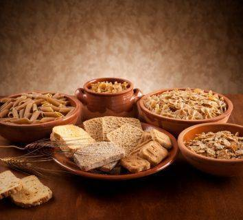 Tam tahıllar sağlıklı yaşam için neden gereklidir? Örnek bir kahvaltılık tarifi