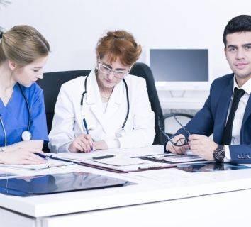 Tekrarlayan over-yumurtalık kanserinde cerrahi yapılmalı mı?
