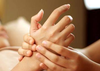 Akupresör masaj veya iğnesiz akupunktur nedir? Kronik yorgunlukta kullanılabilir mi?