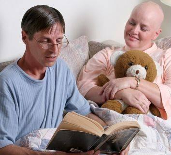 Yumurtalık (over) kanserli hastalarda yaşam süresi düşündüğümüzden de öteye taşınıyor
