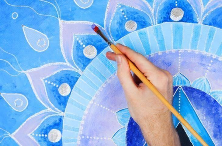 Zaman tekerleği lakaplı sanat terapi tekniği 'Mandala''yı kanser hastaları ve ailelerine öneriyoruz