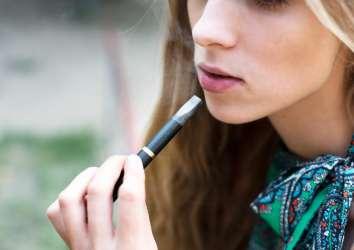 Elektronik sigara, gençler, gizemli akciğer hastalığı ve esrar