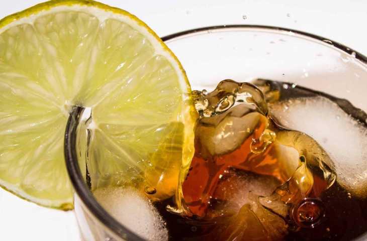 Erken yaşta kolorektal kanser – Suçlu şekerli içecekler mi?