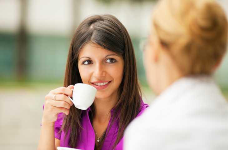 Kahve ve kahveli içecekler cildi nasıl etkiler? Sivilceye neden olur mu?