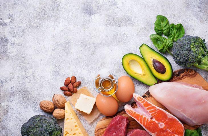 Ketojenik diyetin tıbbi kullanımı hakkında yeni kanıtlar – hangi hastalara faydalı?