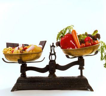 Kolon kanseri riskini azaltan ve nüks (tekrar) riskini artıran gıdalar nelerdir?