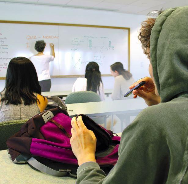 pod mod cihazları rahatlıkla gizli bir şekilde içilebiliyor okulda bile