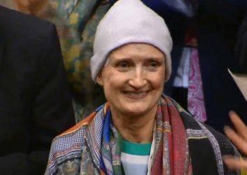 Dünyayı iyiliğin kurtaracağına inanmış bir kadın - Tessa Jowell beyin kanserinden yaşamını kaybetti