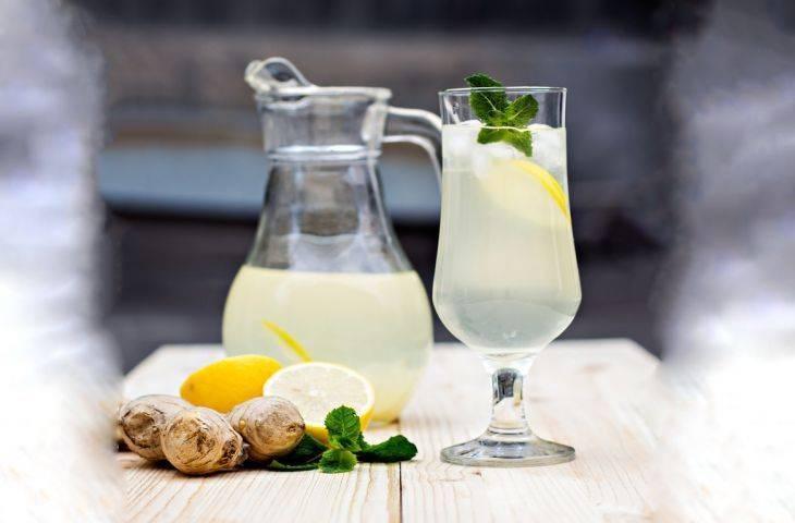 Zencefilli yeşil çaylı limonata